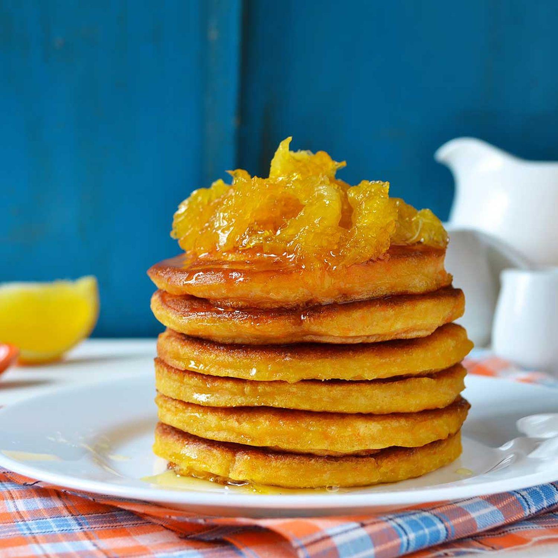 Pancakes mit Orangen-Honig-Glace