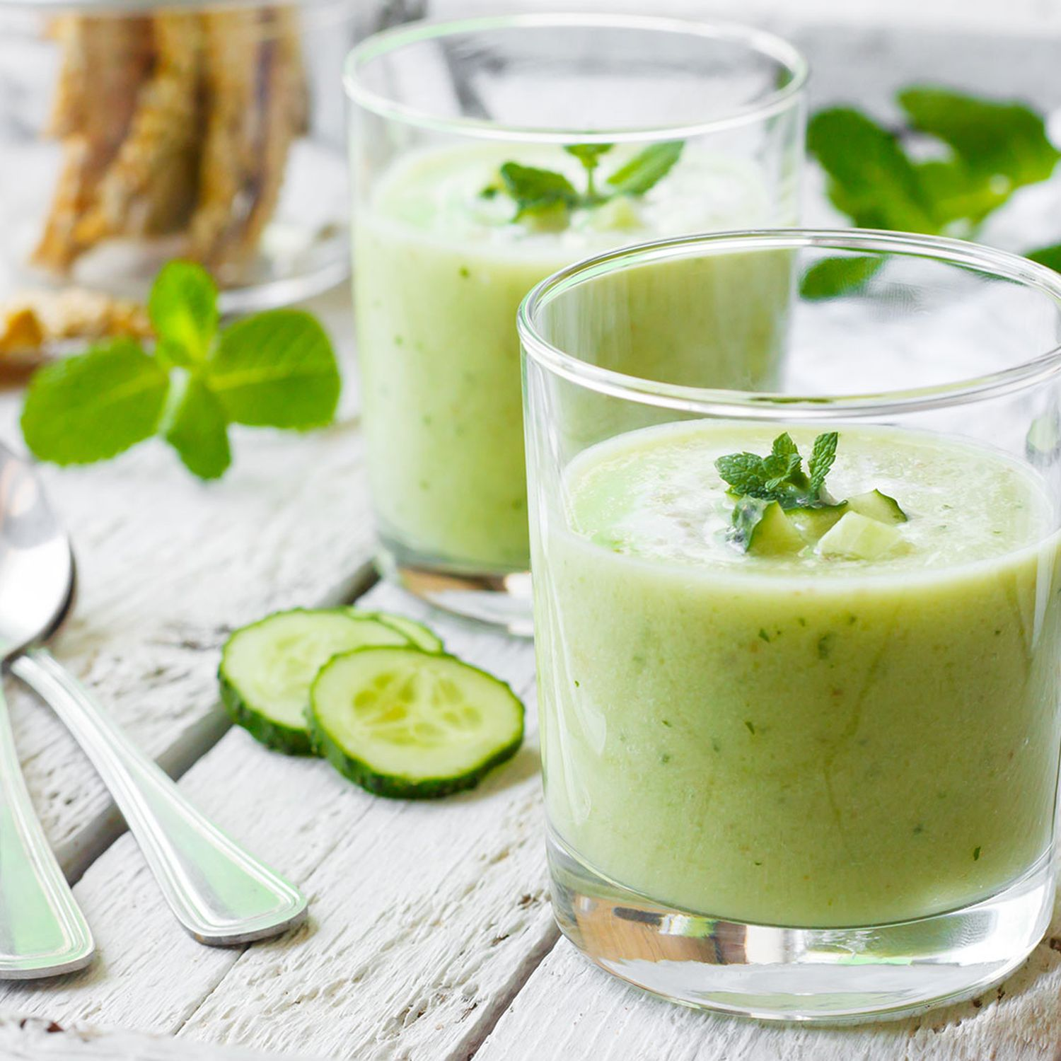 Avocado-Gurke-Soja-Smoothie