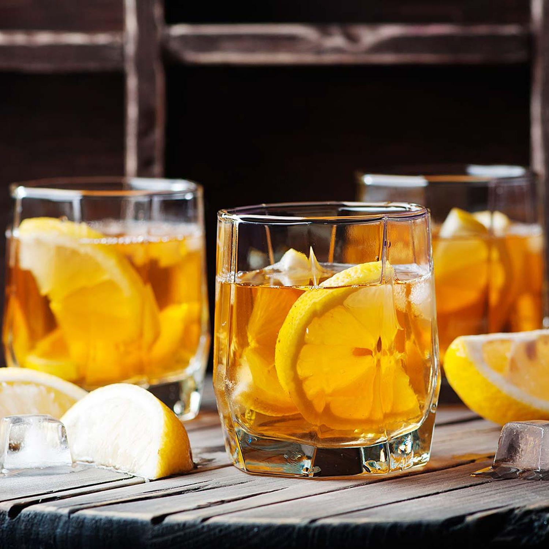 Rum-Gin-Lemon Fizz