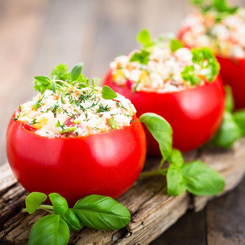 Gefüllte Tomaten mit Mozzarella