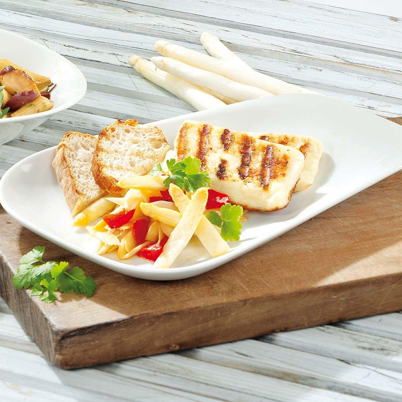 Spargelsalat mit Halloumi-Käse und Paprika