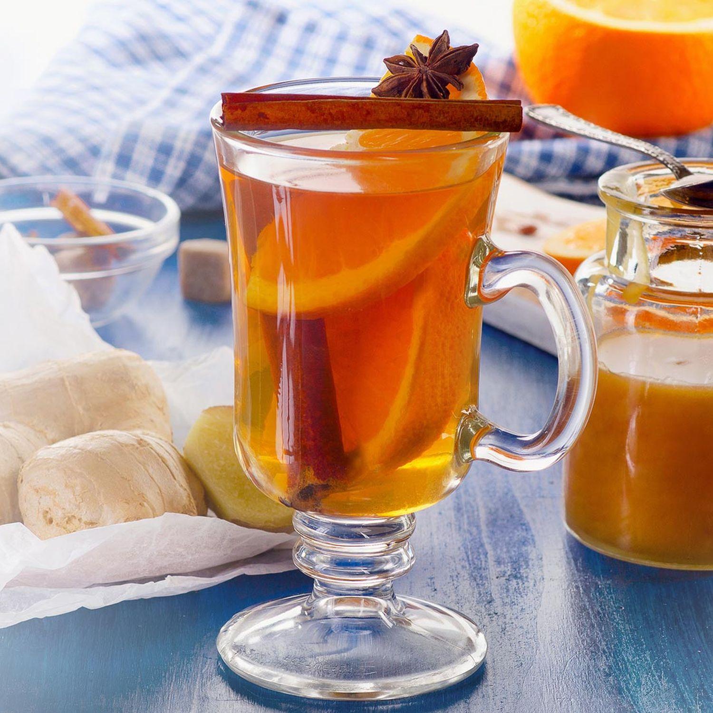 Orangen-Ingwer-Minztee