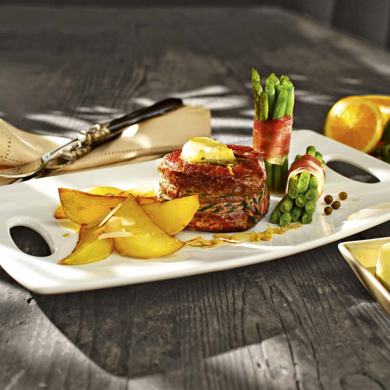 Rinderfilet-Steaks mit Orangen-Pfeffer-Butter