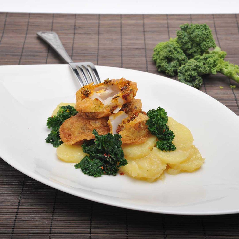 Gebackener Dorsch und Kartoffelsalat
