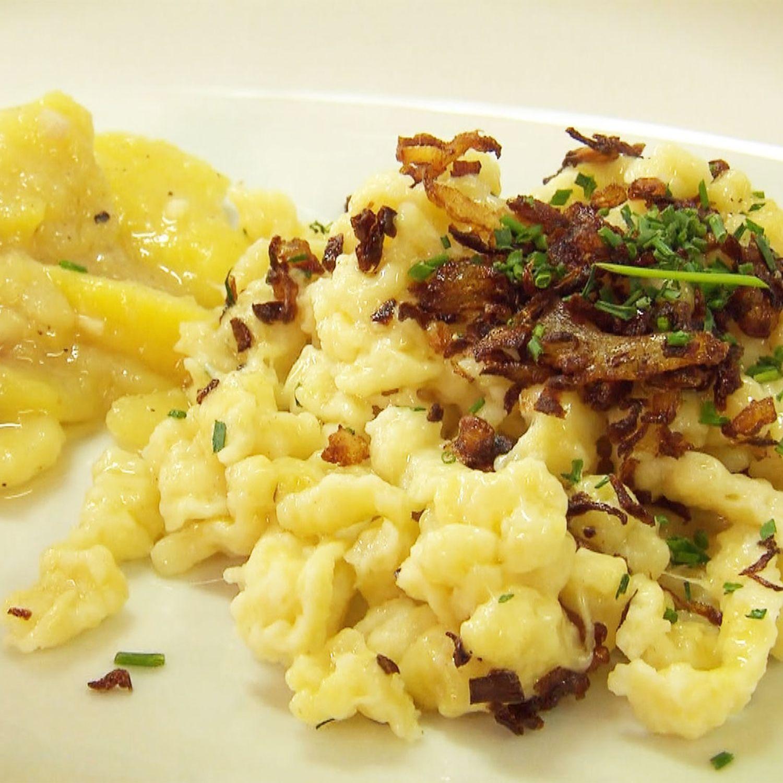 Käsknöpfle und Kartoffelsalat