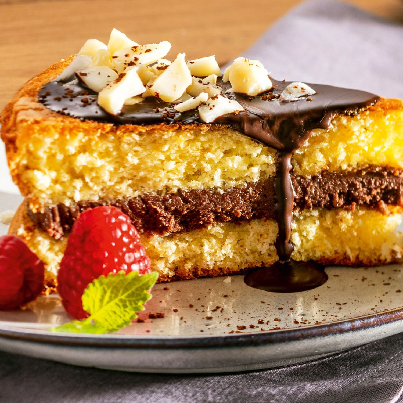 Macadamia Kokos-Torte mit Schokobuttercreme