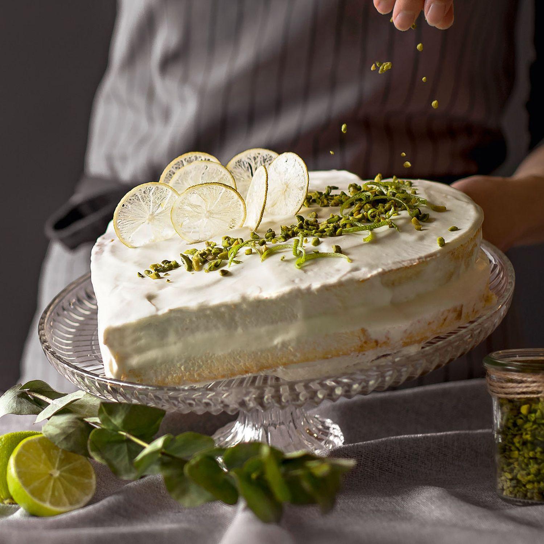 Limetten-Herz-Torte