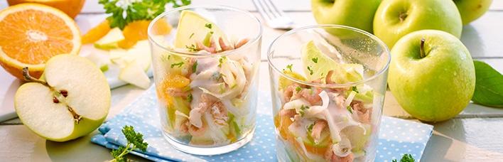 Garnelen-Cocktail mit Äpfeln und Orangenfilets