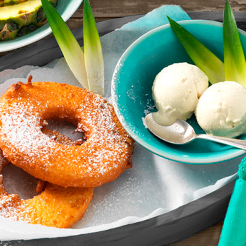 Gebackene Ananasringe mit Vanilleeis
