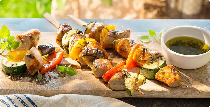 Wurstspieße mit Gemüse vom Grill