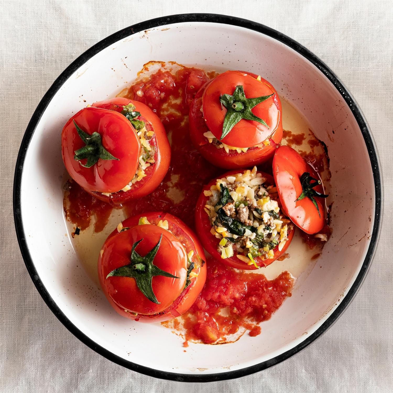 Gefüllte Tomaten mit Reis und Minze