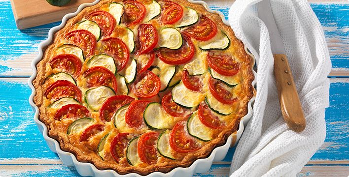 Zucchini Quiche mit Tomaten