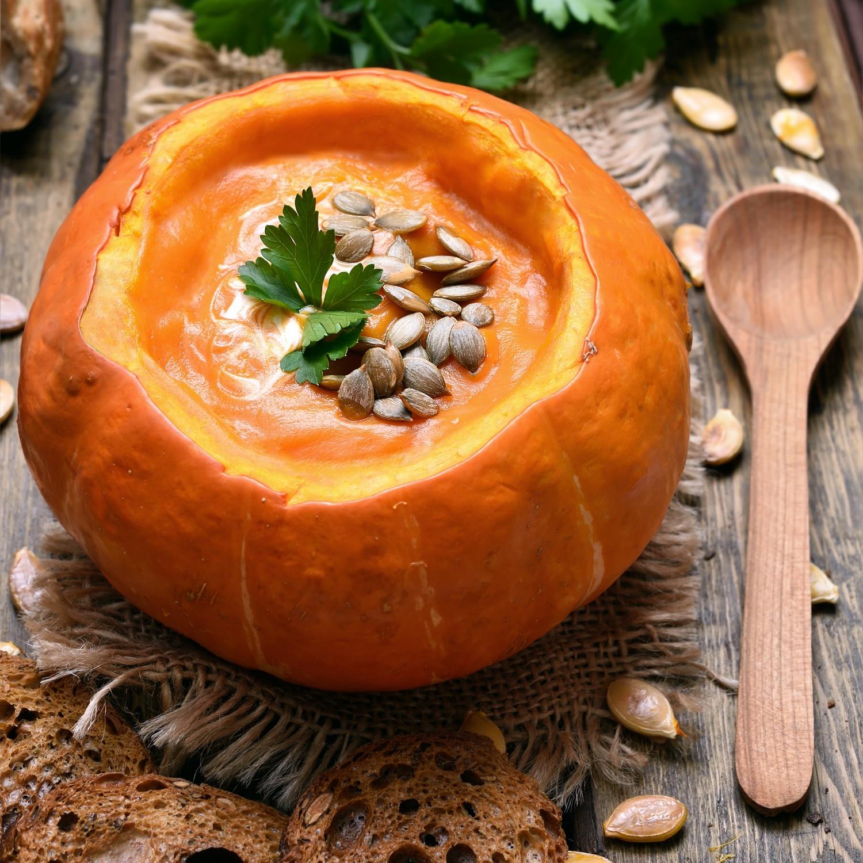 Scharfe Kürbis-Curry-Suppe mit Ingwer