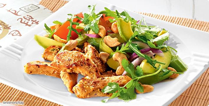 Asiatisches Hähnchen-Geschnetzeltes mit Fitness-Avocado-Salat