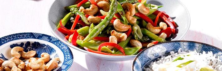 Wok Gemüse mit Cashew-Kernen
