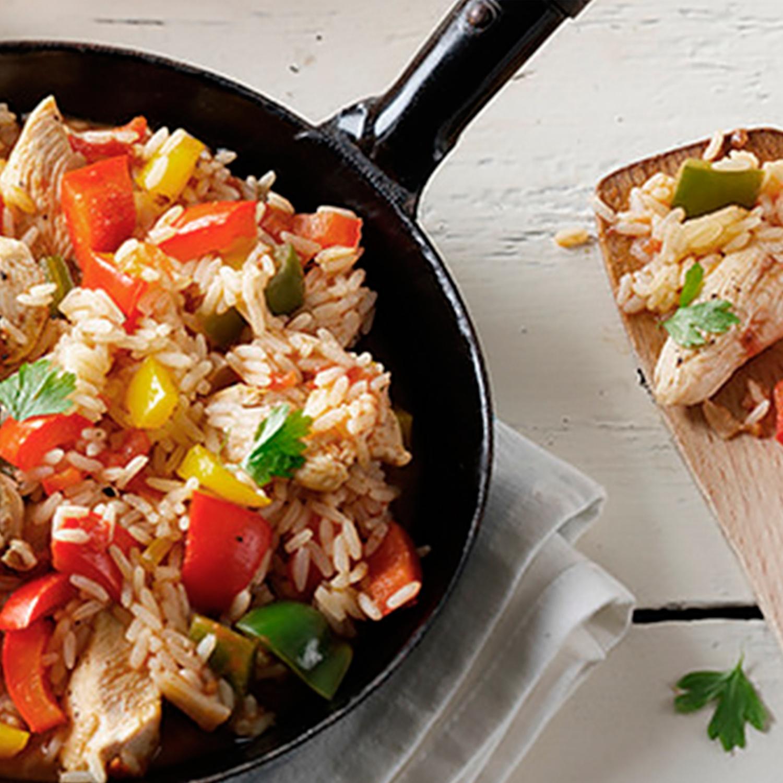 Paprika-Reispfanne mit Hähnchenfilet
