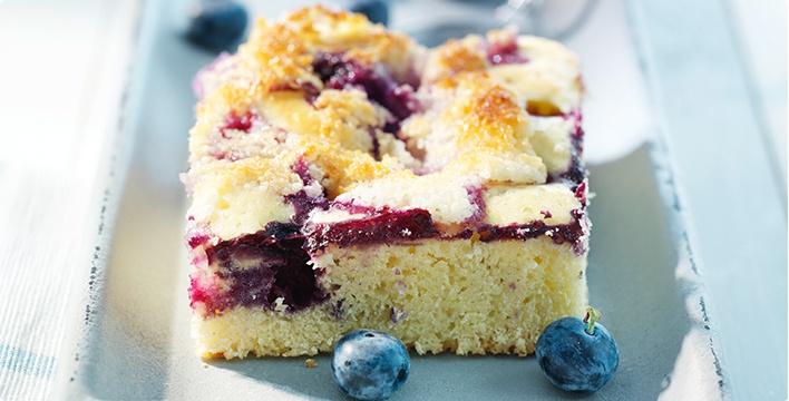 Buttermilch-Blaubeer-Blechkuchen
