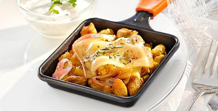 Hähnchen-Ananas-Raclette mit Limetten-Joghurt-Dip
