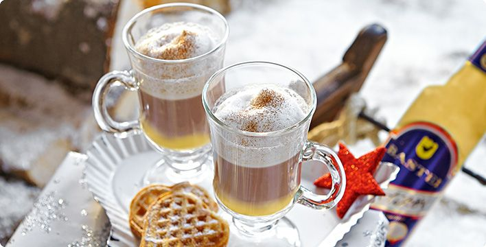 Heißer Kakao mit Eierlikör