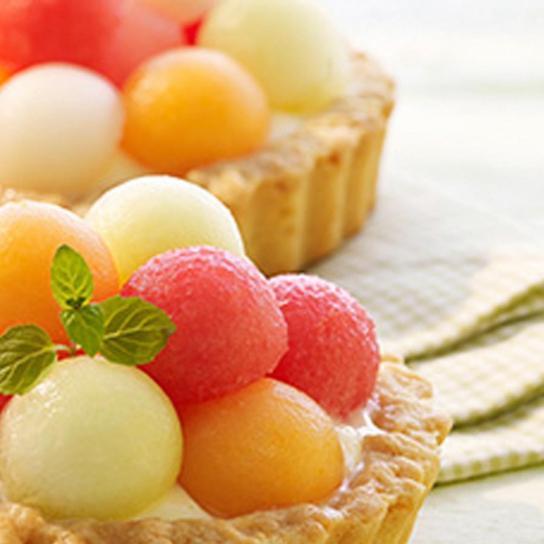 Mürbeteigtörtchen mit Vanillepudding und Melone