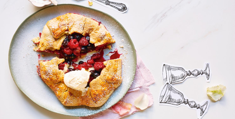 Dinkelpfannkuchen mit Vanilleeis
