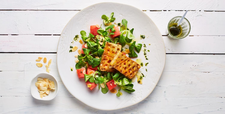 Melonensalat mit gewaffeltem Tofu