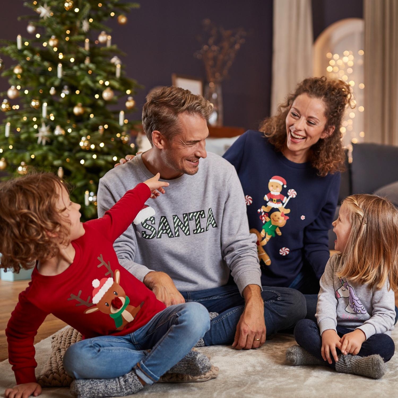 watson´s Weihnachts-Sweatshirt/-Pullover*