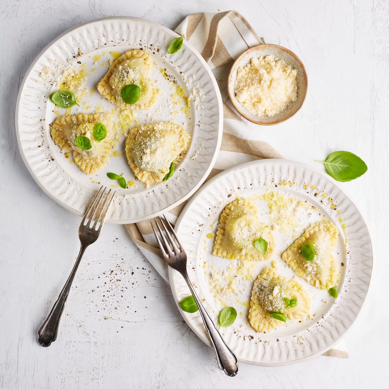 Herz-Ravioli mit Spinat-Fetakäse-Füllung
