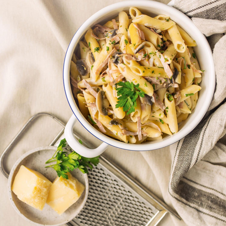 One Pot Pasta mit Schinken und Champignons