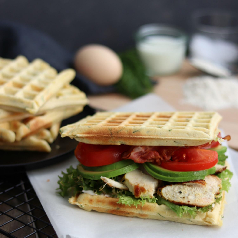 Waffel-Burger zum Frühstück