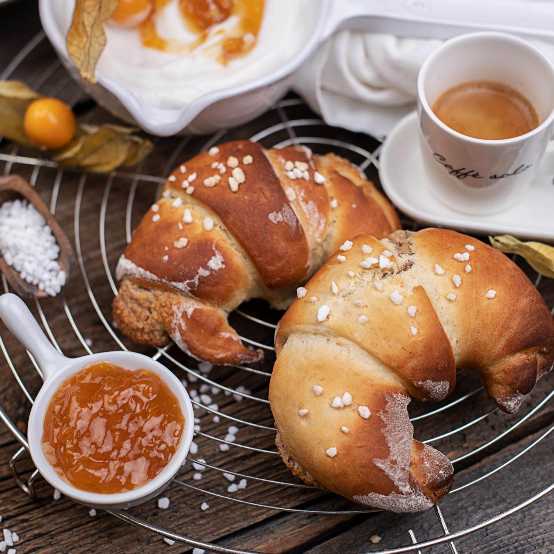Frühstücks-Nusskipferl ohne Zucker