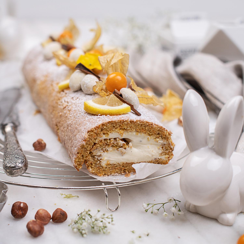 Leichte Karotten Kuchen Roulade