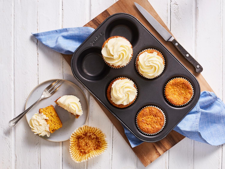 Thermomix-Rezept: Möhren-Cupcakes mit Frischkäse-Frosting