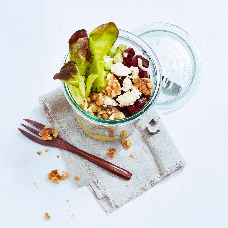 Schichtsalat mit Linsen