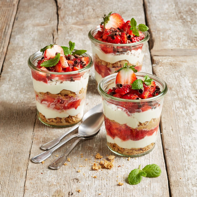 Mascarpone-Erdbeer-Dessert