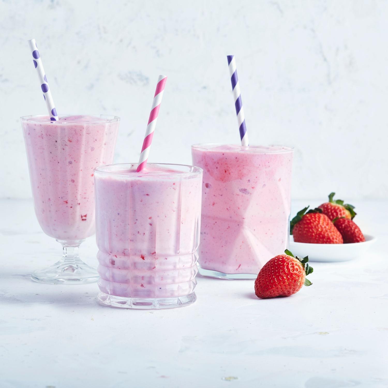 Erdbeer-Milchshake mit Eis