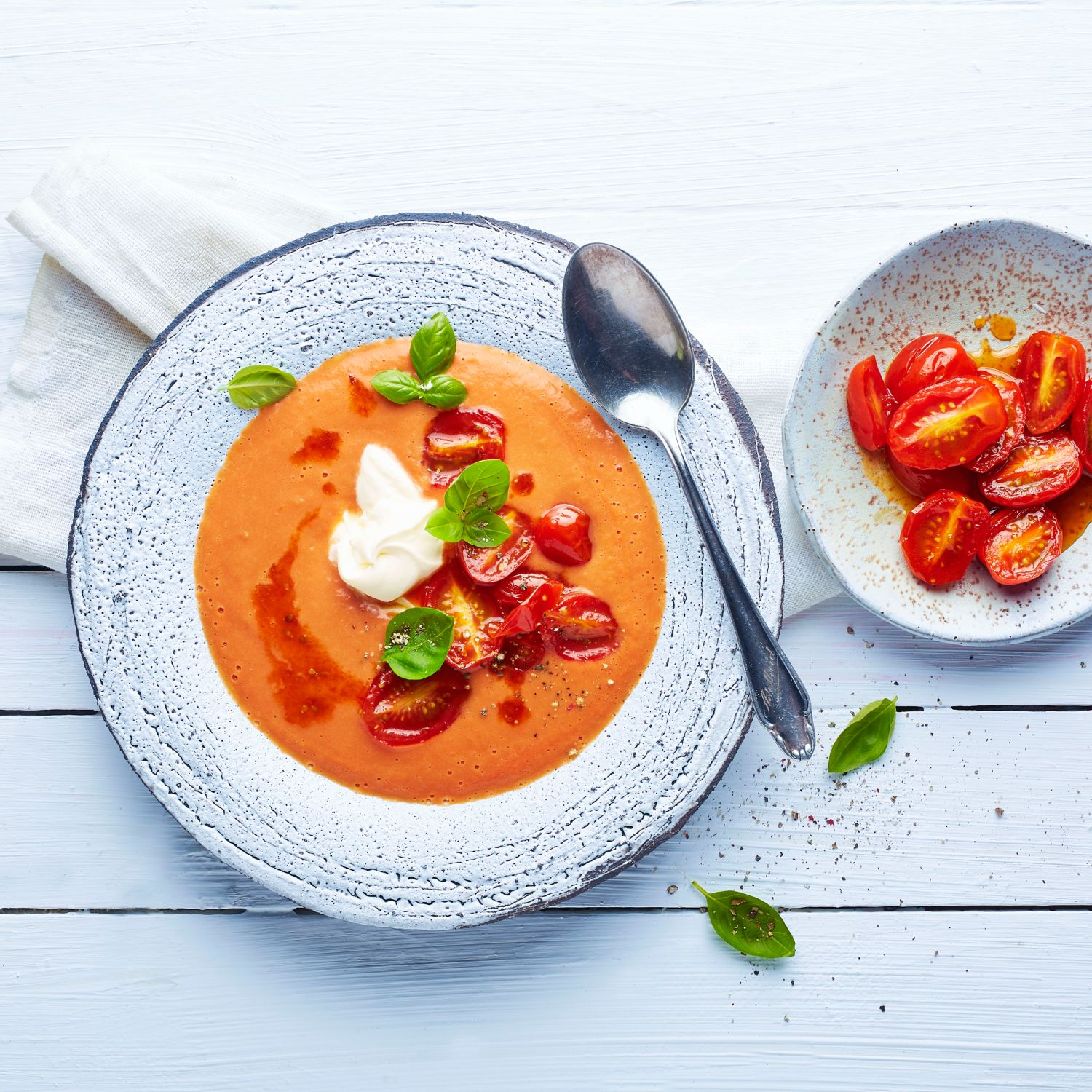 Buttermilch-Tomatensuppe
