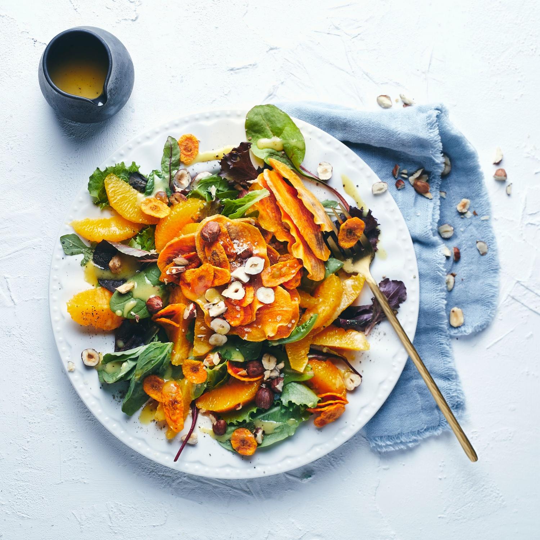 Winter-Orangensalat mit Gemüsechips