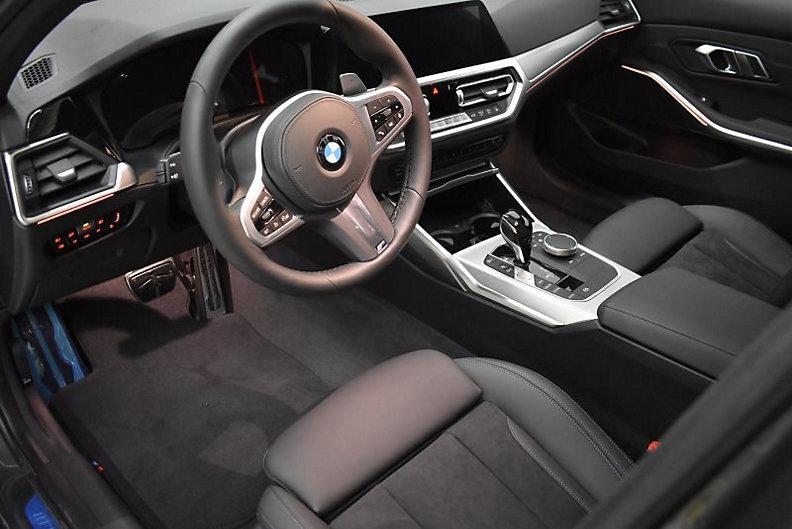 318i Limousine