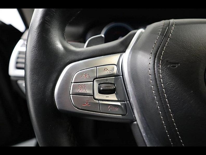 740Li Sedan