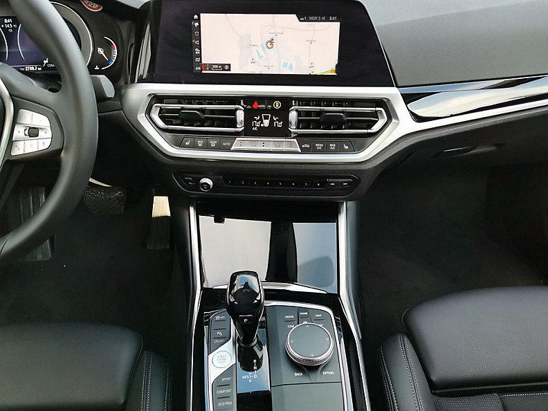 318d Limousine