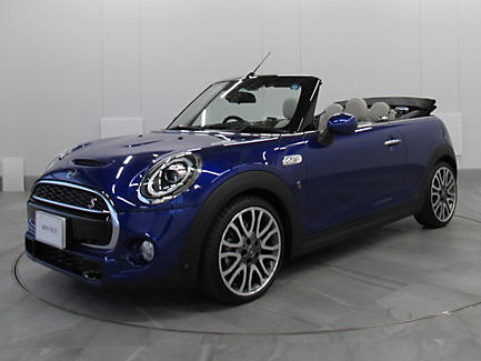 THE NEW MINI COOPER S CONVERTIBLE.