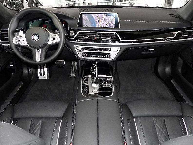 745e Limousine
