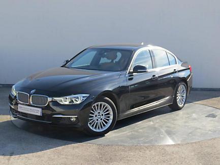 BMW 320i 184 ch Berline