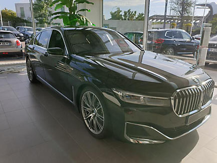 BMW 740d xDrive 320 ch Berline Finition Exclusive