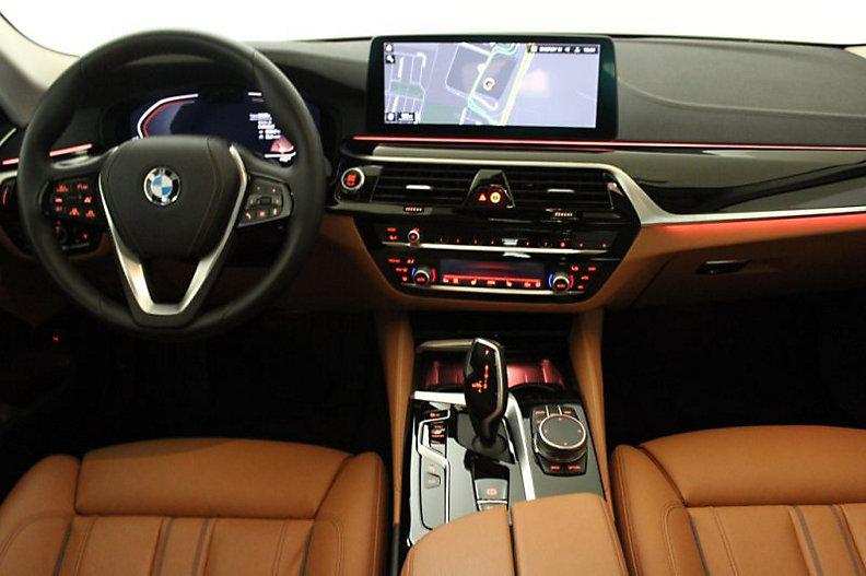 530d Limousine Luxury Line