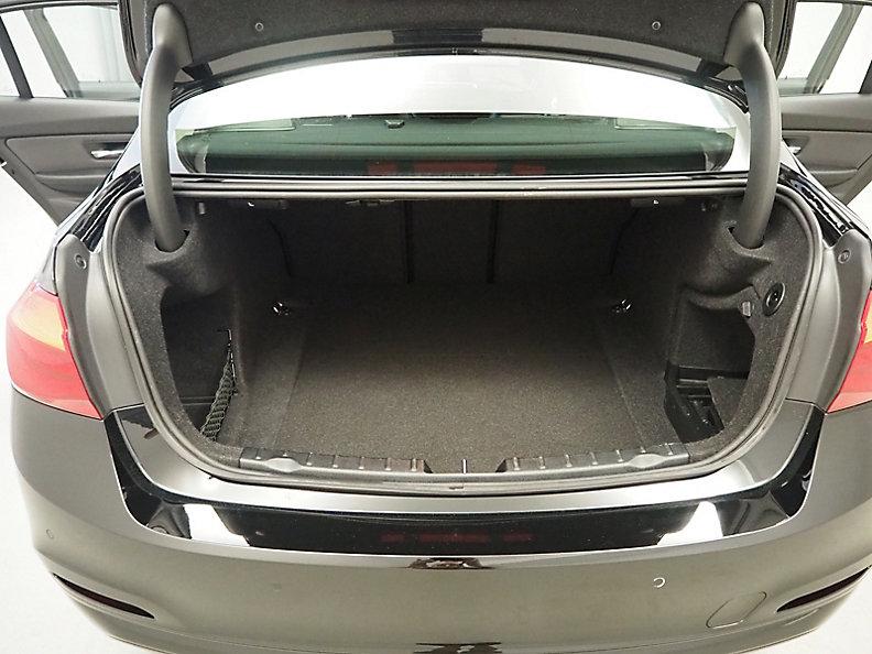 330i xDrive Limousine
