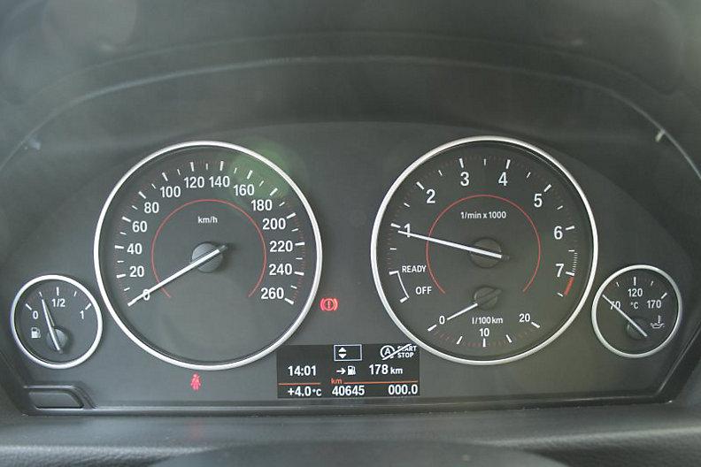 318i Limousine Sport Line