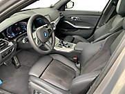 320e xDrive Touring
