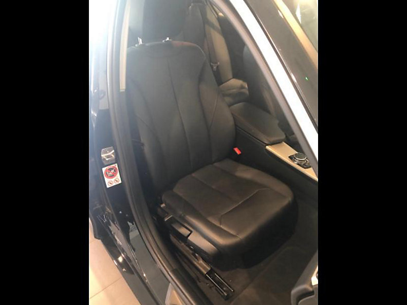 320d xDrive Sedan